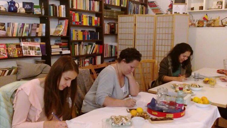 """Proiectul """"Draw the line""""-Workshop-uri pentru femei"""