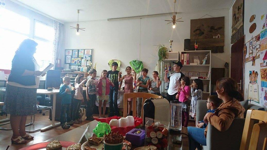 Repetiții pentru carnaval, jocuri și activități educative
